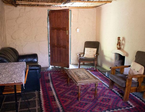 David's Cottage - lounge
