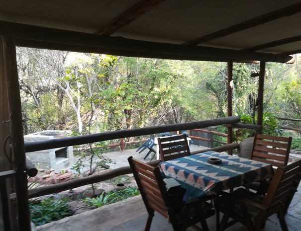 river-cottage-groot-marico-patio3